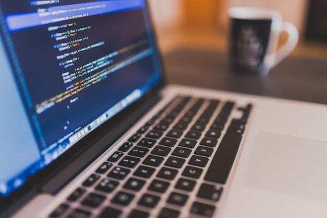 IT業界への転職に資格は必要なのか?